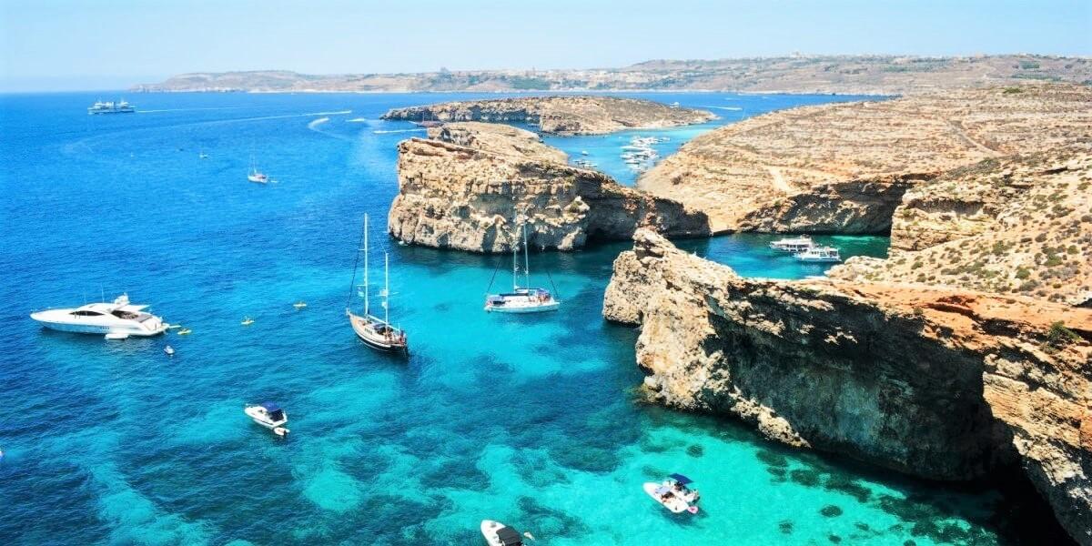 La costa de Comino Malta