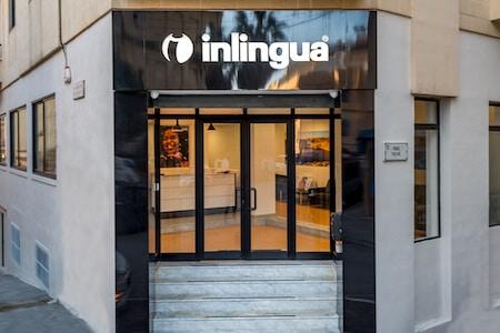Entrée extérieure de l'école Inlingua