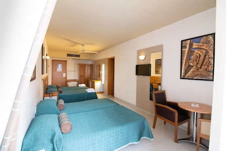 Habitación de Canifor hotel
