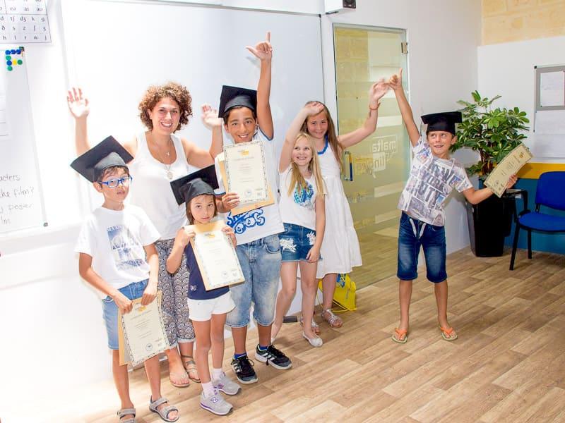 Cerimonia di laurea dei giovani di Maltalingua