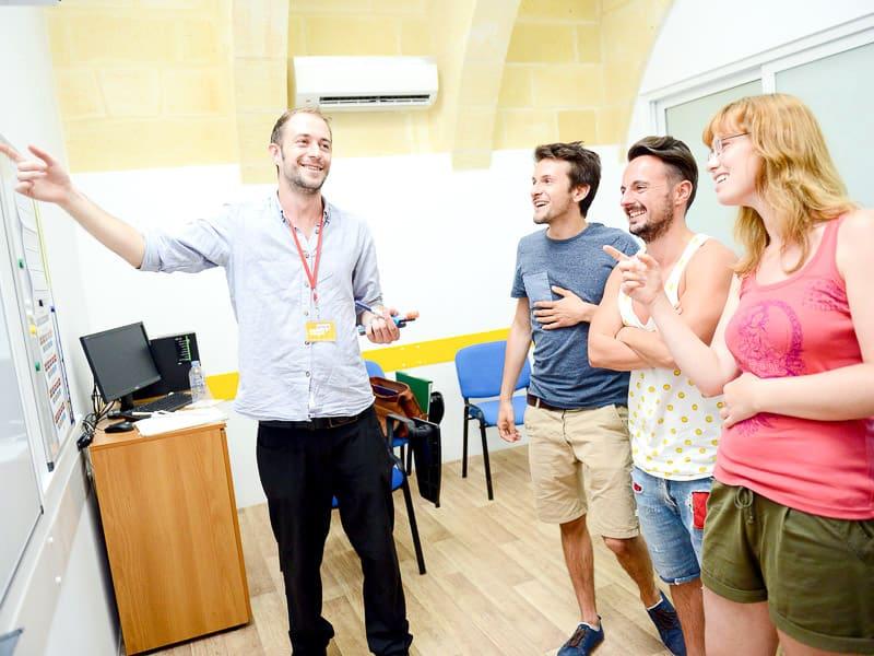 Corsi di inglese in piccoli gruppi a Maltalingua